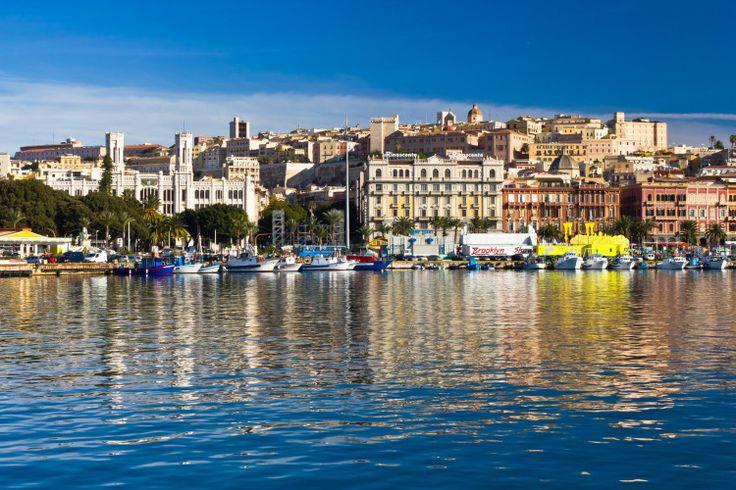 Cagliari-from-the-sea-e1435168427667.jpg (750×500)