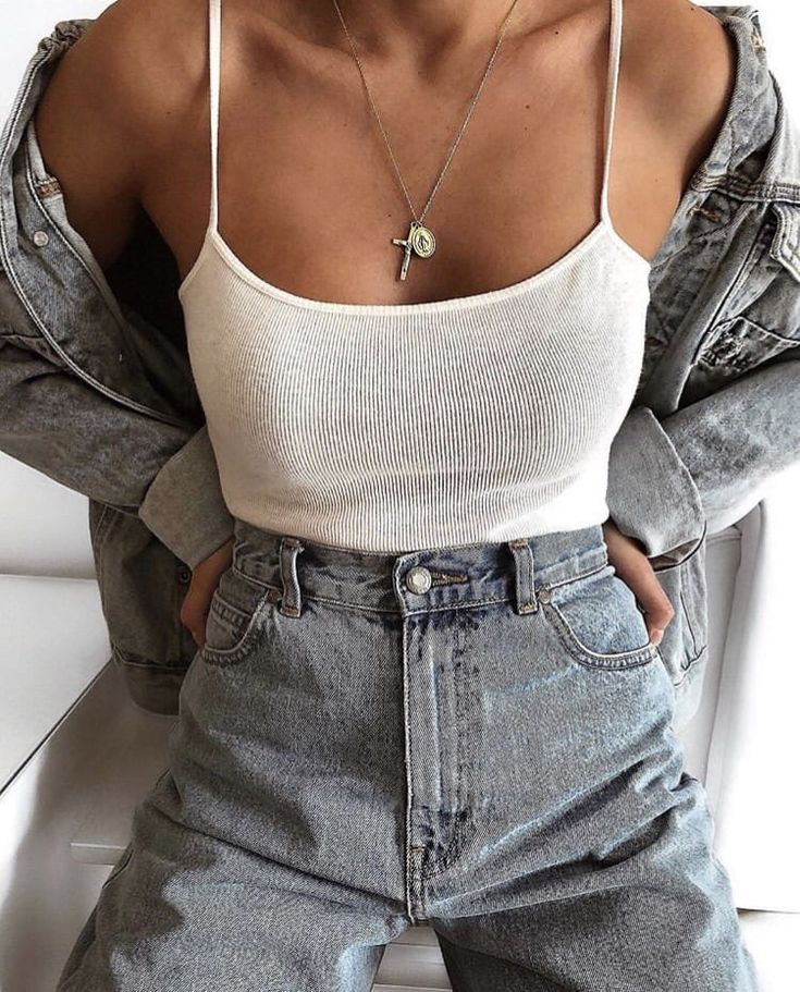 Discovered by samantha Levine. Find images and videos about girl, fashion and style on We Heart It – the app to get lost in what you love.