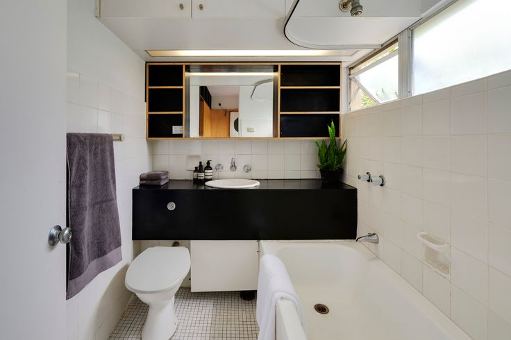 Modern House | Potts Point Apartment by Anthony Gill Architects