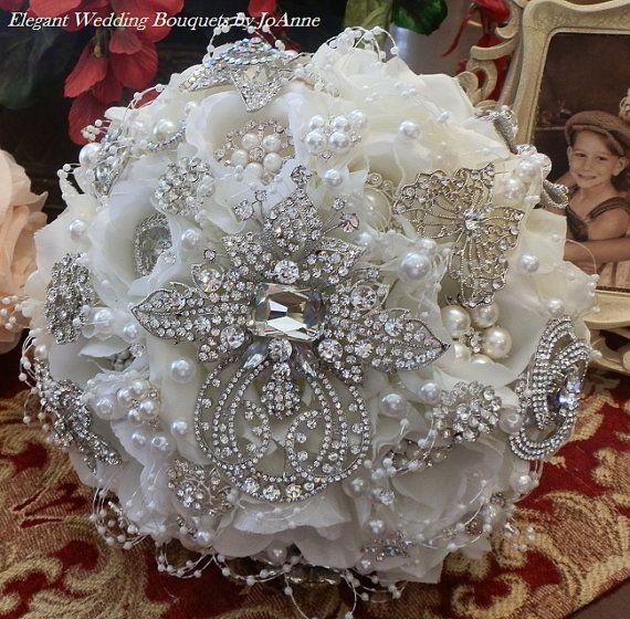 HOLLYWOOD GLAM Brooch Bouquet - Stunning Flower Brooch Bouquet in White, Custom Elegant Design, brooch bouquet, bridal bouquet