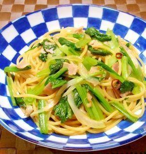 人気の簡単小松菜レシピ♪「小松菜とベーコン」