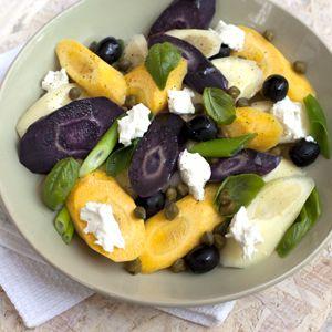 Recept - Gestoofde wortels met basilicum en geitenkaas - Allerhande