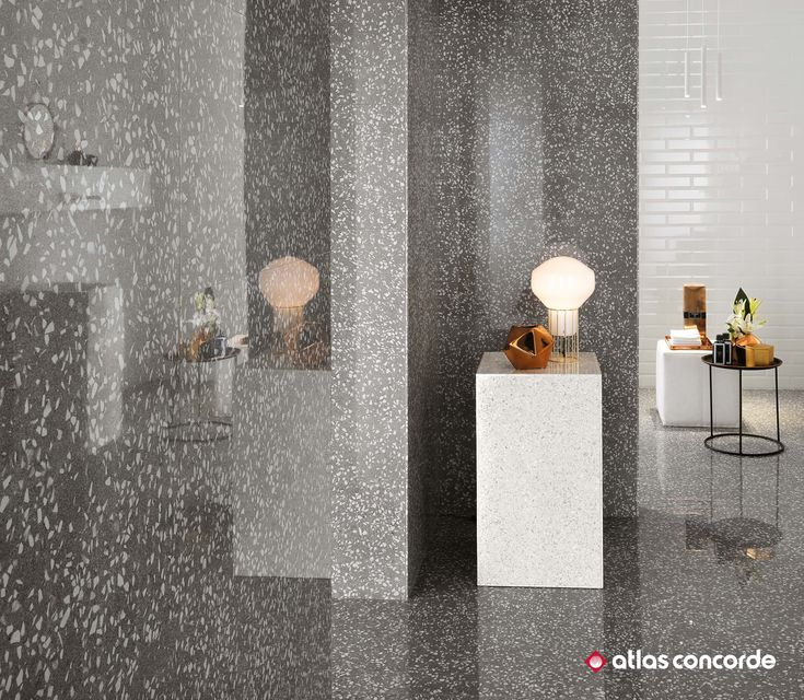 Floor and wall tiles where venetian terrazzo is interpreted in a modern key with creativity and