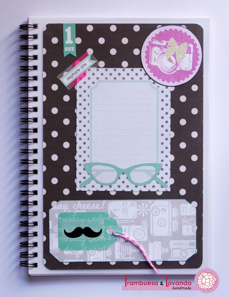 Libreta Scrapbooking. Más info en http://frambuesaylavanda.blogspot.com.es/