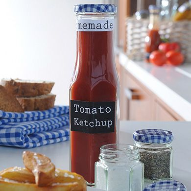 Deze tomatenketchup hebben we gemaakt in flesjes van Kilner.