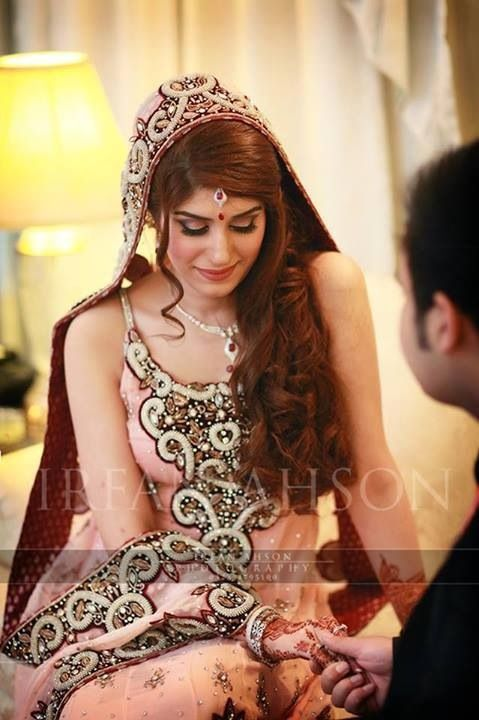 Latest Hair Style : Indian bridal hairstyles, Long hair and Latest fashion on Pinterest