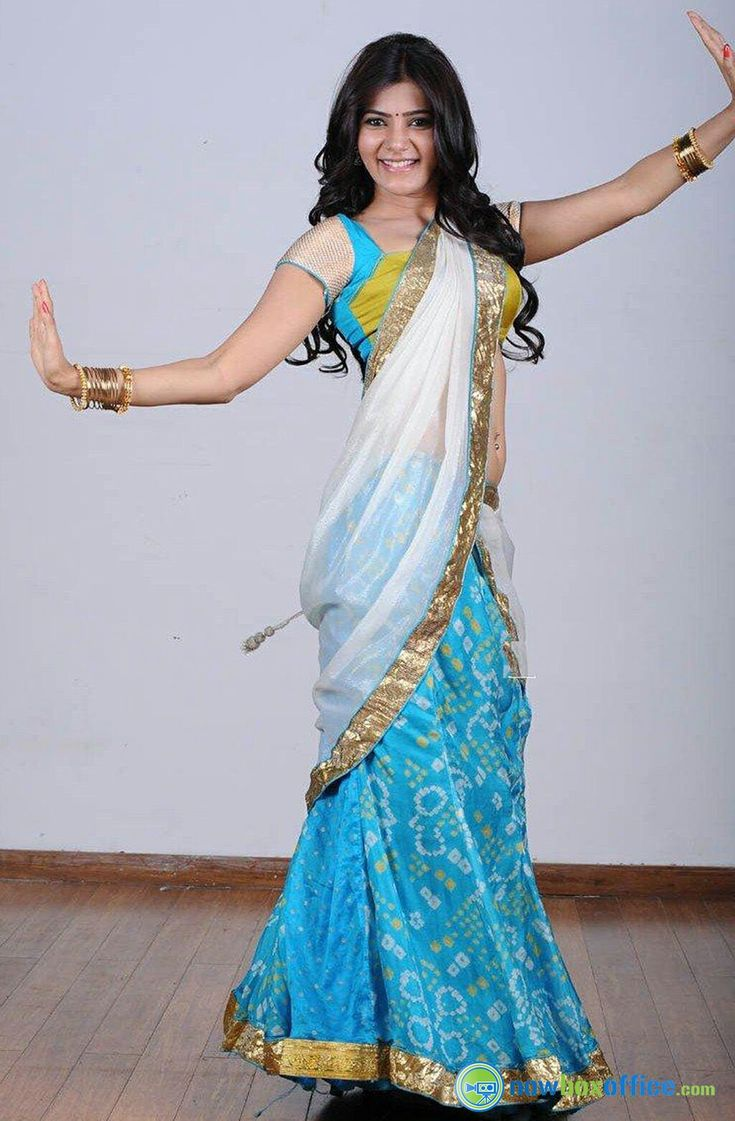 Samantha in blue and white half saree