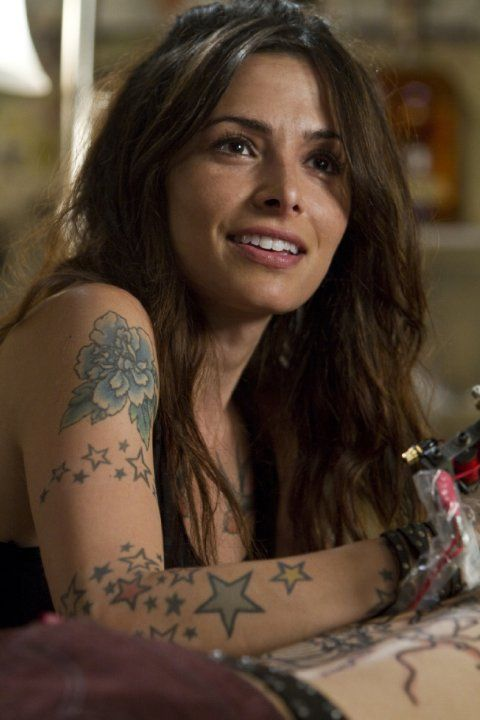 Still of Sarah Shahi in Bullet to the Head (2012)