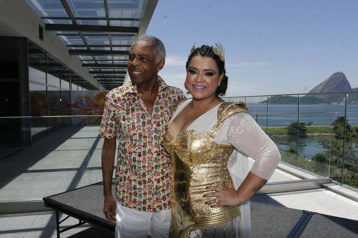 Preta Gil se diverte com famosos em Bloco da Preta
