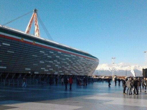 Alpi allo Juventus Stadium http://www.minube.it/posto-preferito/juventus-stadium-a138381