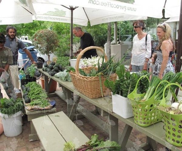 Greyton Transition Town meet once a week outside Via's deli between 10:00 and 12:00 to swap/buy/sell our local produce.
