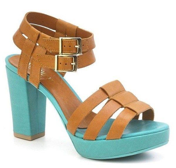 tiffany blue and calf...love the combo     Avril Gau La Redoute.jpg