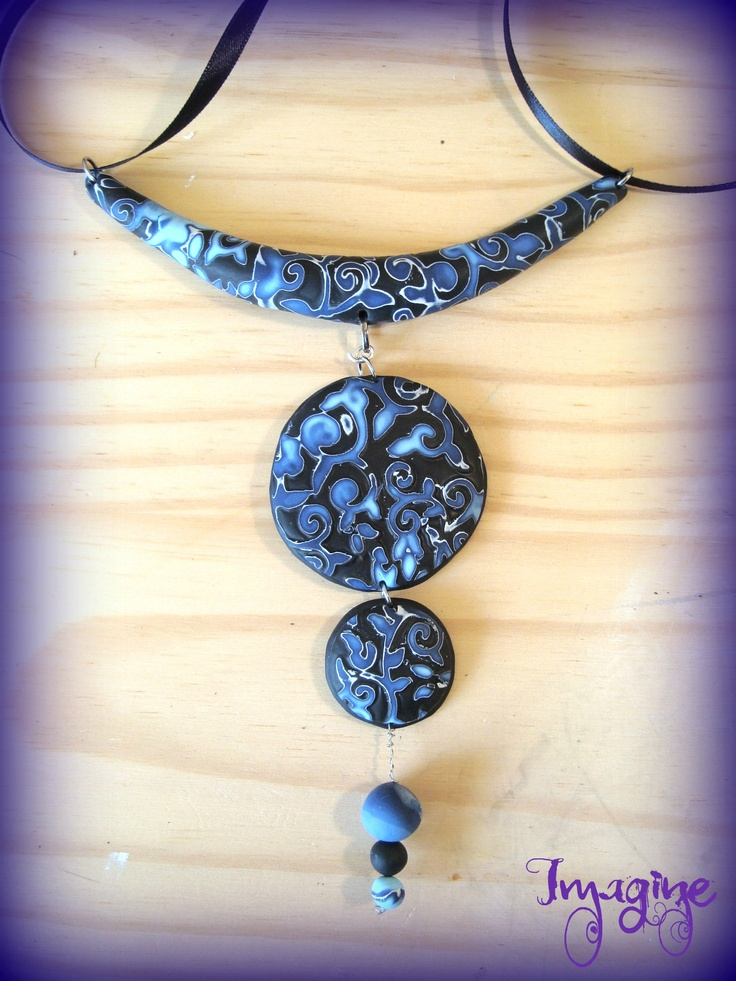 Collier en fimo (hidden magic)