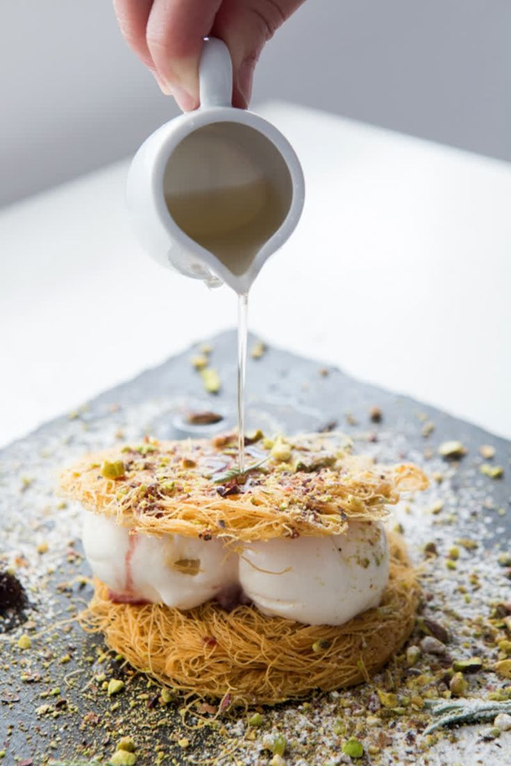 Isn't life sweet? Pouring on the pleasure and getting your just desserts at #LePirate #kivotosmykonos #luxuryhotels #mykonos #instatraveling #kivotosSignatureSuites #privatedining #privatebeach #luxurylifestyle http://qoo.ly/h7ycc