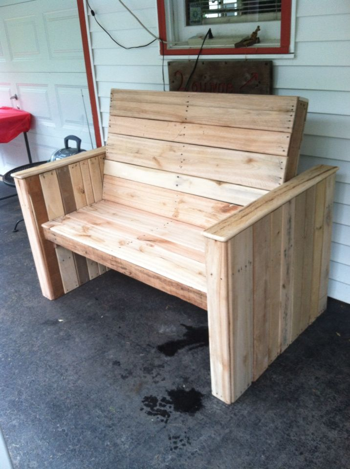 Bench Made Out Of Pallets All Hardwood Benches