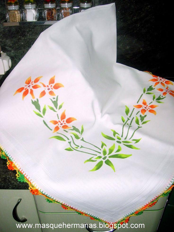 25 ideas destacadas sobre manteles pintados en pinterest for Manteles individuales de tela