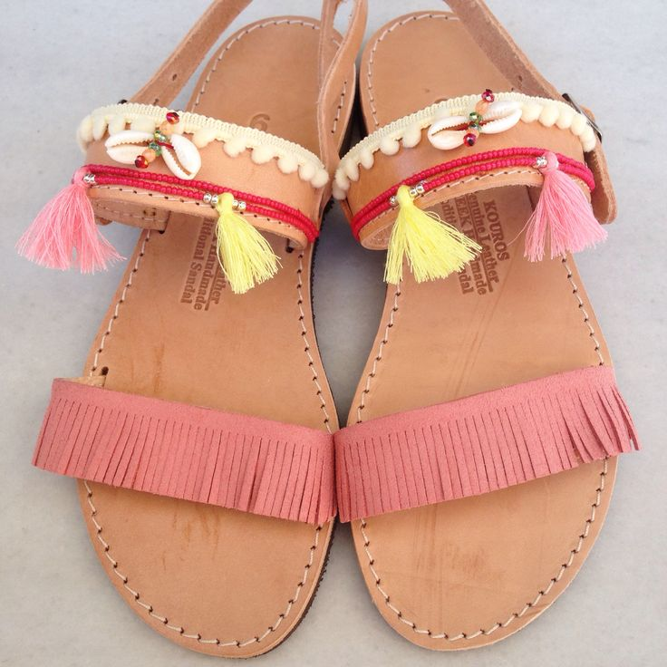 Bohemian sandals in pink-coral shades with tassels handmade by @bohemian__dreams!