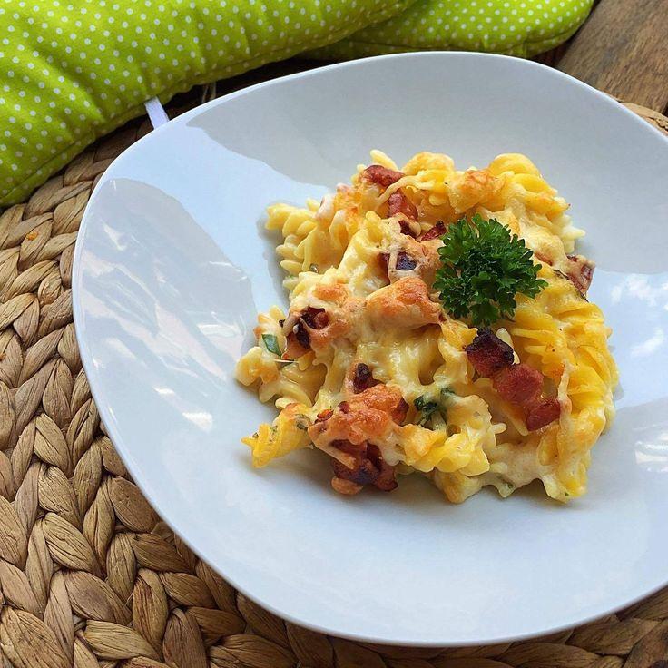 Ha egy egyszerű, szaftos és nagyon sajtos tésztára vágysz, ezt a receptet imádni fogod!