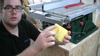 Schiebeschlitten für Tischkreissäge Bosch PTS10 basteln - YouTube