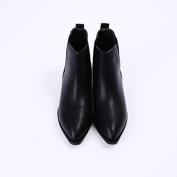 Korea womens shopping mall [REALCOCO] Pin Boots / Size : 230-250 / Price : 45 USD #korea #fashion #style #fashionshop #apperal #koreashop #ootd #realcoco #shoes #booties