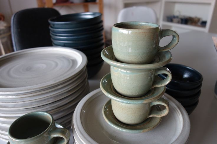 Stoneware plates and coffee cups - Scintilla Demi