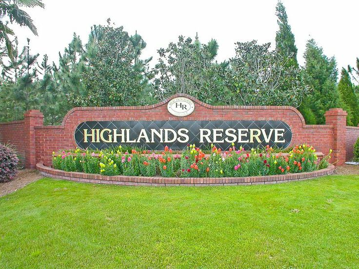 Highlands Reserve Luxury 4 Bedroom 2 Bath Florida Villa. Entrance to development