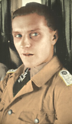 ✠ Hans-Joachim Marseille (13 December 1919 – 30 September 1942) Killed in a flying accident. RK 22.02.1942 Leutnant Flugzeugführer i. d. 3./JG 27 06.06.1942 [97. EL] Oberleutnant Flugzeugführer i. d. 3./JG 27 18.06.1942 [12. Sw] Oberleutnant Staffelkapitän 3./JG 27 03.09.1942 [4. Br] Oberleutnant Staffelkapitän 3./JG 27