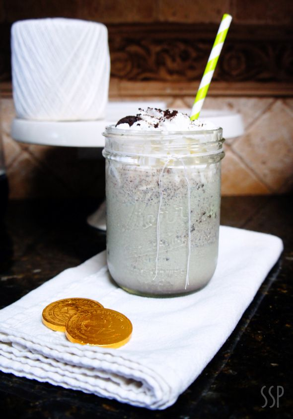 Mint Oreo Shake. Great for a St. Patrick's Day Dessert!