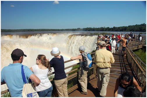 Iguazú Falls, Argentina: Iguazu Waterfall, World Wonder of Nature
