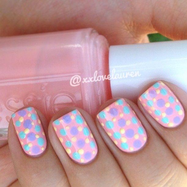 Pastel polka dots | nail art