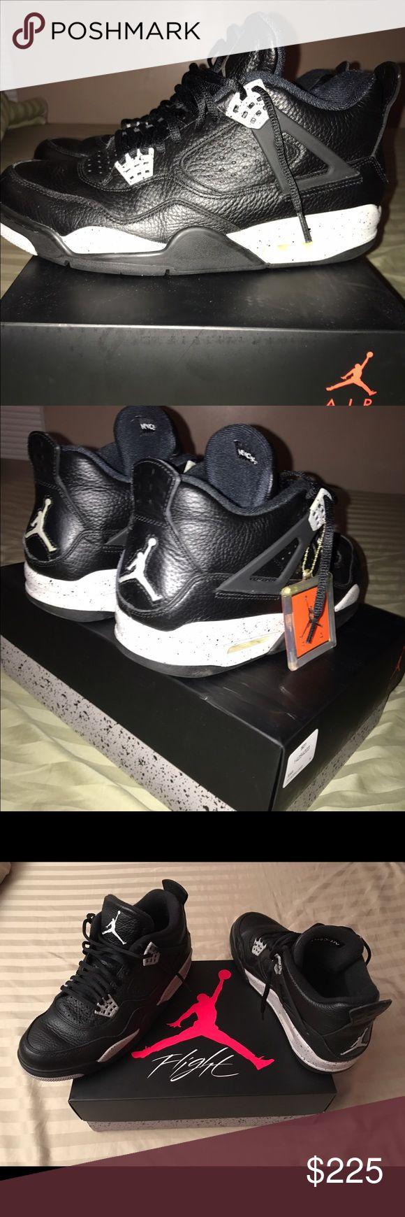 Air Jordan Oreo 4 retros Worn 3x excellent condition Jordan Shoes Athletic Shoes