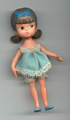 Hasbro Dolly Darling Slumber Party Karen ~ I had this doll when I was small