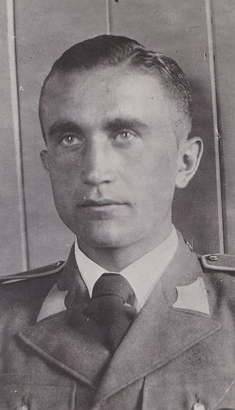 Josef František jako príslušník letectva ceskoslovenské predválecné armády. Archiv Tomáše Jambora.