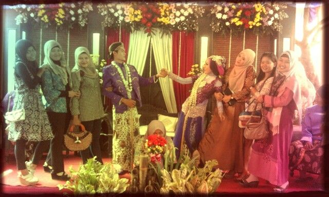 My friend wedding.. ilik congratulation