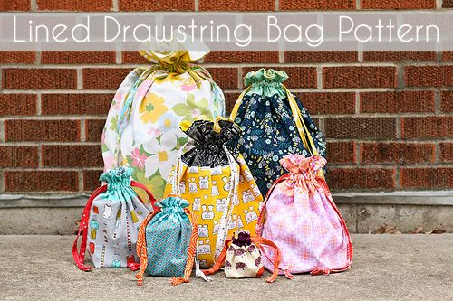 "In Color Order: Lined Drawstring Bag Tutorial - SO AWESOME! Make for ""Birthday in a Bag"" (school: cake mix, icing, decos, party hat) or Christmas presents, especially the odd shaped gifts. Make reusable!!! (Not per the day -- no birthday or holiday themed fabric)"