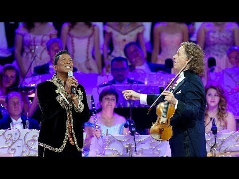 André Rieu & Jermaine Jackson - Smile  http://netkaup.is/2014/07/23/andre-rieu-10th-year-anniversary-concert-live-in-maastricht-2014/   NCO eCommerce, www.netkaup.is