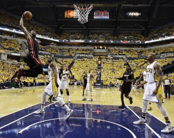 Dwyane Wade Drops 41 Points, Eliminates the Pacers