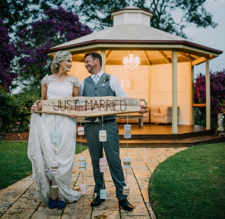 Emma and Scott's gorgeous rustic-style wedding at Flaxton Gardens, Sunshine Coast Hinterland. Photo by JnS Photographics