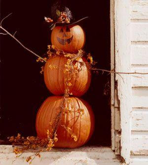 Pumpkin Man! Super cute and easy outdoor fall decor!