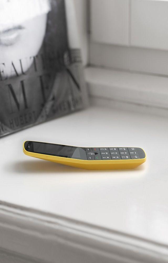 folded leaf phone by Claesson Koivisto Rune