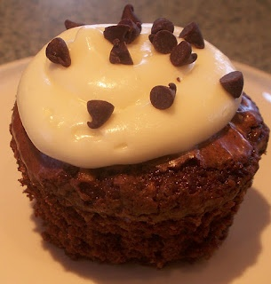 Chocolate Chip Walnut Brownie Cupcakes | Desserts to Die For or at Le ...