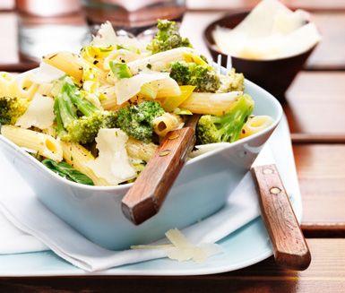 Recept: Pasta med krämig broccoli