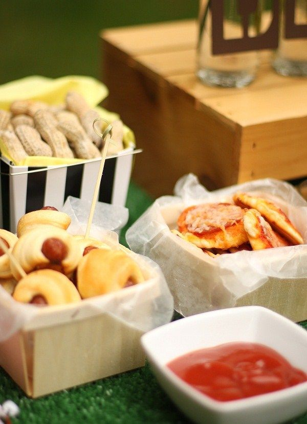 Quick & Easy Food Tasting Ideas for your next Tailgate! #HomegateFever