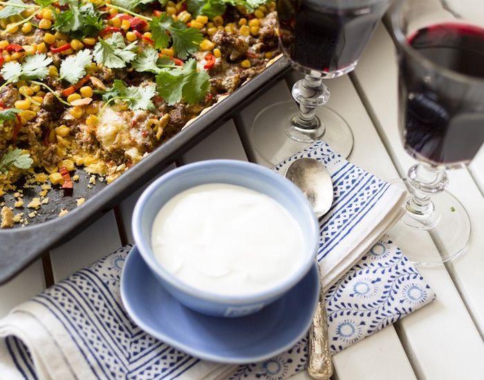 Tærte med oksekød, peberfrugt, majs og cheddar: Tacotærte! - Måltid