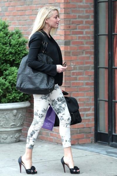 b/w floral print pants