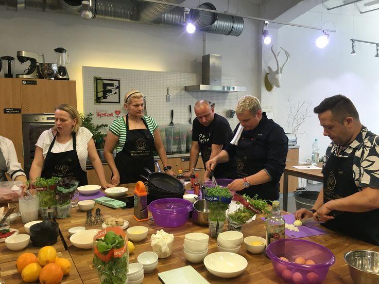 Warsztaty kulinarne QAFP w Food Lab Studio z Jerzym Sobieniakiem