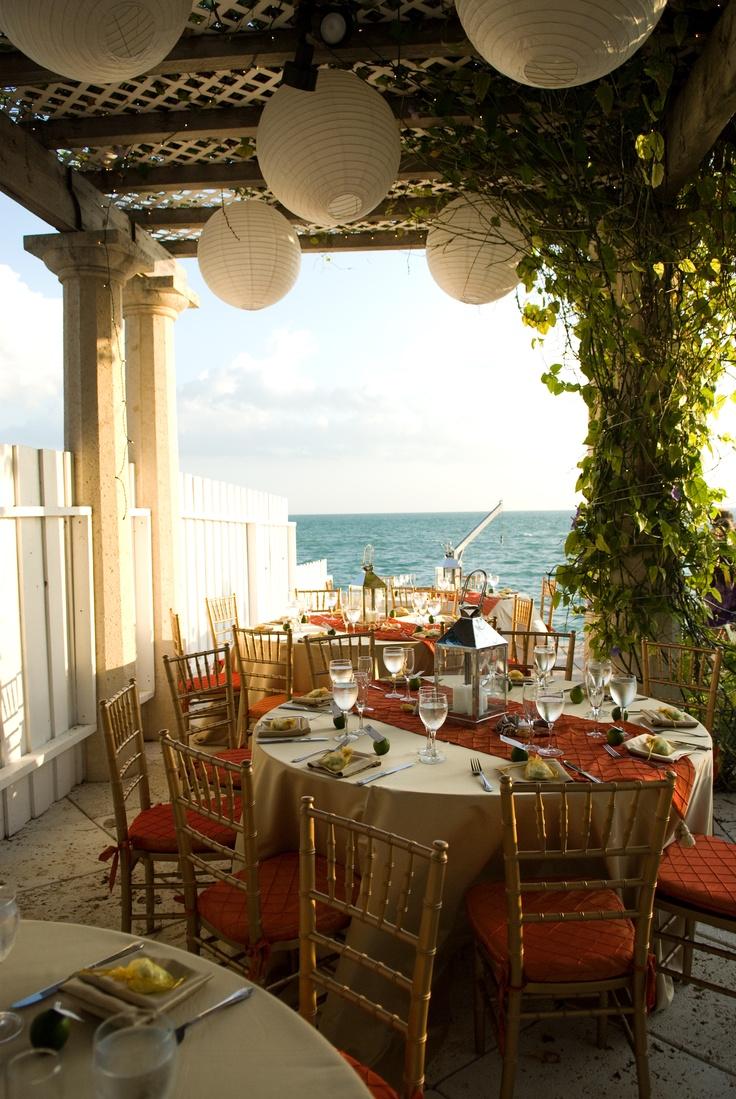 rental beach house wedding venue for destignation wedding