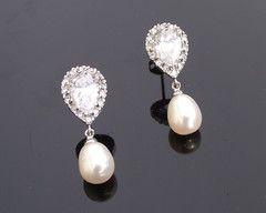 The Alisha Pearl Earrings