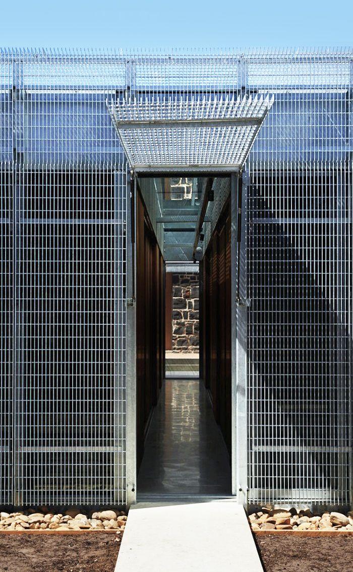 Sean Godsell Architects | Edward Street House | 2008 - 2012 | Brunswick, Victoria, Australia | http://www.seangodsell.com/