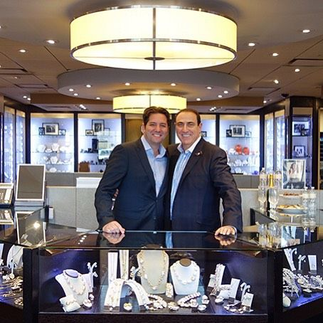 Nir of @yvel_jewelry with Bernard. Nir is here with an amazing collection of baroque pearl, natural diamonds, and gemstone Jewellery by Yvel. Now - Saturday! #yycshopping #yyc #yycliving #yycfashion #yycnow #yycshop #yvel #pearls #baroquepearls